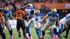 CFL: Blue Bombers 35, Lions 32