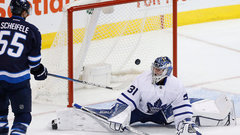 Maple Leafs blow four-goal lead to Laine, Jets