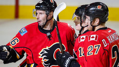 NHL: Canucks 1, Flames 2