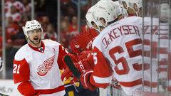 NHL: Predators 3, Red Wings 5