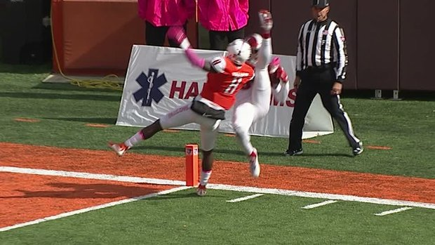 Must See: Miami (OH) WR makes unreal one-handed catch