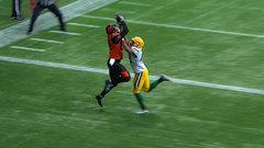 CFL In-Game: Arceneaux breaks tie with TD