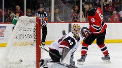 NHL: Coyotes 3, Devils 5