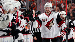 NHL: Coyotes 5, Flyers 4