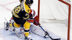 NHL: Hurricanes 1, Bruins 2 (SO)
