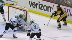 Must See: Crosby bats in incredible goal from behind the net