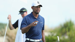 PGA: Woods nearly makes ace on No. 12