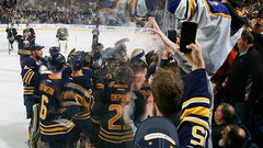 NHL: Oilers 3, Sabres 4 (OT)