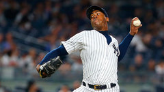 Report: Yankees, Chapman agree to $86M deal