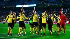 Dortmund rally to win Group F