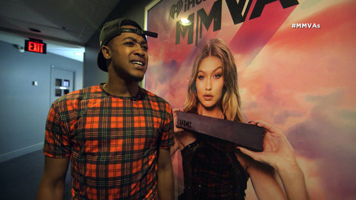 ThatDudeMcfly Searches the Building for Gigi Hadid