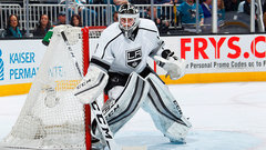 Maple Leafs sign Enroth, promote Mark Hunter
