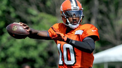 RG III's small improvements are adding up in Cleveland