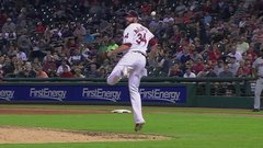 Must See: McAllister makes hacky sack-esque catch