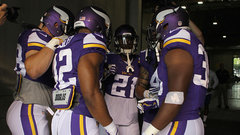 Golic sympathizes with Vikings defence