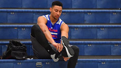 Simmons likely to have surgery on right foot