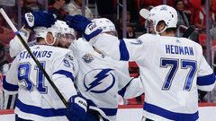 NHL: Lightning 3, Red Wings 2