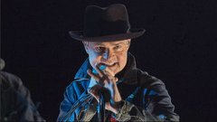 Gord Downie was Canada's history teacher: Music historian Alan Cross