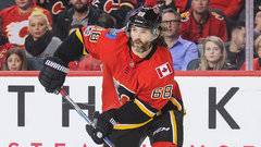 Flames Ice Chips: Creating top line pressure