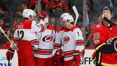NHL: Hurricanes 2, Flames 1