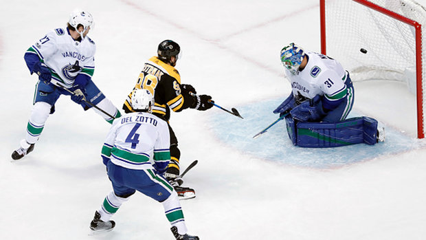 Must See: Pastrnak undresses Canucks' D on goal of year candidate