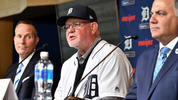 Baker won't return to Nats; Tigers hire Gardenhire
