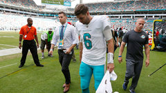 Cutler has cracked ribs, Thomas out for the season