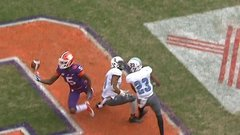 Must See: Clemson's Higgins makes circus catch for TD