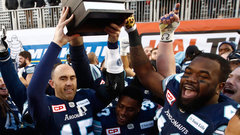 Ground game powers Stamps; Ray delivers in clutch once again to lift Argos