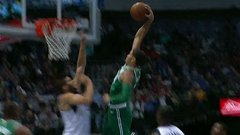 Must See: Tatum skies for the tomahawk jam