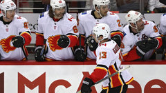 McLennan giving Gaudreau early Hart Trophy consideration