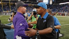 Lions host Vikings in Thanksgiving showdown