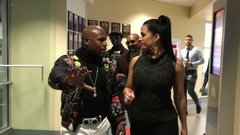 Mayweather has advice for Rousey