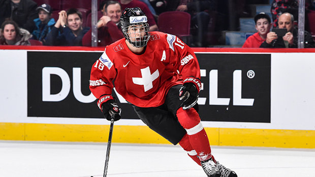 Is Hischier closing in on Patrick to be No. 1 pick?