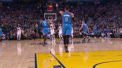 Must See: Westbrook forgets he has to dribble
