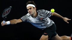 Federer cruises to straight-set victory over Berdych