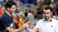 Raonic downs Bautista Agut to advance to quarters