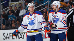 Oilers in the market for third line centre?