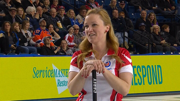 Must See: Curling fans give Carey appreciative ovation