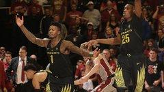 NCAA: (6) Oregon 75, Stanford 73
