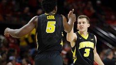NCAA: Iowa 83, (24) Maryland 69