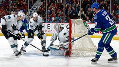 NHL: Sharks 4, Canucks 1