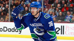 Hansen returns to Canucks' lineup after 17-game absence