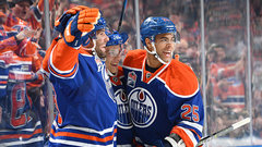 Oilers continue offensive onslaught against Bruins