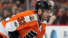 Flyers ship Streit to Tampa for Filppula