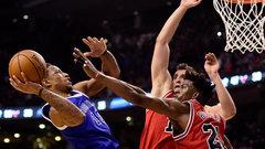 DeRozan 'electric' down the stretch in Raptors' incredible comeback