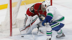 NHL: Canucks 4, Wild 2