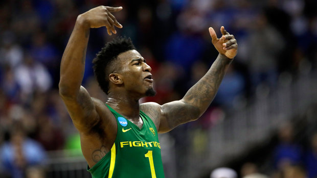 Dorsey, Bell game-changers in Oregon's win over Kansas