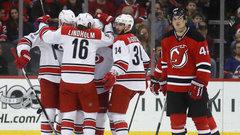 NHL: Hurricanes 3, Devils 1