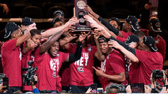 Armstrong: Best thing about NCAA ball is its all desperation plays